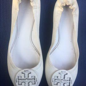 Tory Burch reva flat shoes pebbled ivory SZ 9.5